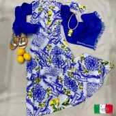 Wear the maiolica lemons dress and you are ready for a tour of the Amalfi coast 😍🌊🍋🇮🇹 •contact us for more information, shipments all over the world • 🛍🌍 #MaiolicaLemons #sorrento #fashion #linen #italy #summer #100linenmadeinitaly #longdress #amalficoast